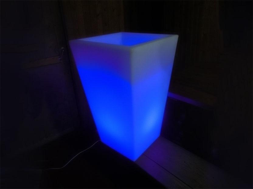 Вазон П-4370 RGB